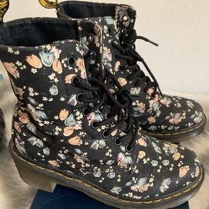 Dr. martens black floral boots US size 7